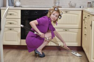 fast end of tenancy cleaning tips lady cleaning